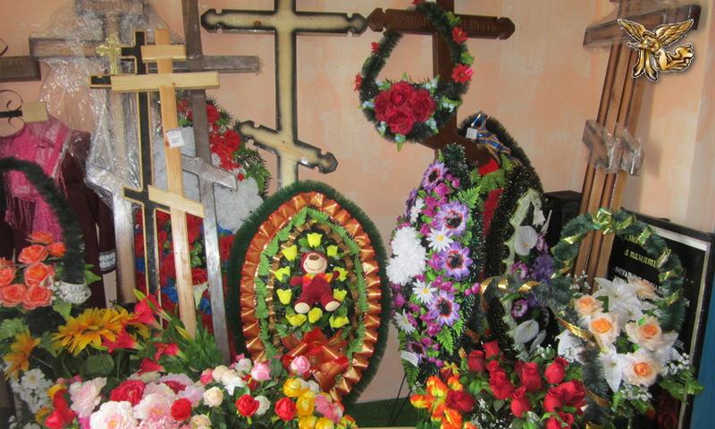Кировское траурные гробы, кресты